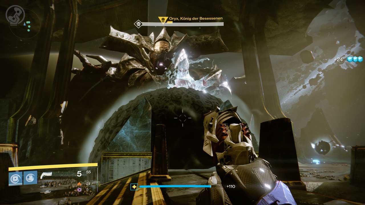 Lehnt sich Oryx nach vorn und bildet diese Kuppel, erledigt so schnell wie möglich alle Schergen außerhalb und bereitet euch darauf vor, in die Kuppel teleportiert zu werden. Bild: Screenshot Destiny